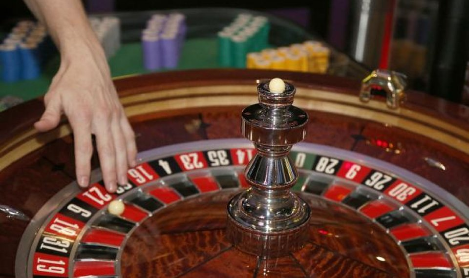 Exactly How To Play Online Casino And Also What Kind Of Online Casino?